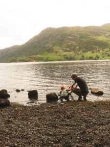 N and Carl explore the lakeside at Ullswater on the last day of our camping trip