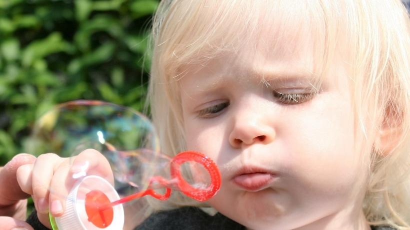 child-1445876_1280
